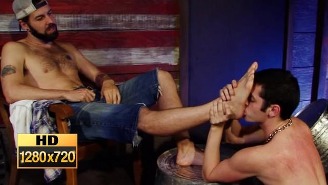 gay pissing gay foot