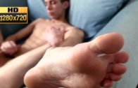 Boy Feet And Wanking HD